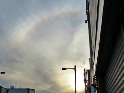 太陽の周りに日傘が出ていた ハロ, halo