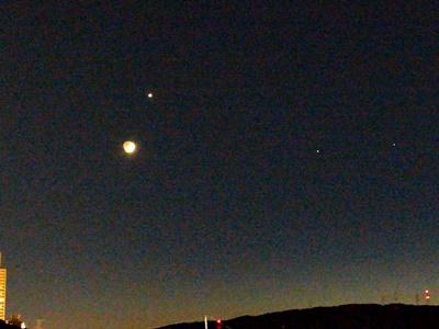 3歳前の月と金星, Moon and Venus