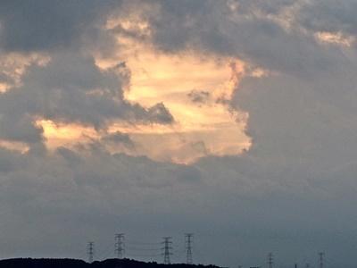 地震から3日後21日(木)の夕焼け, This picture is the sunset after the 3rd day of the earthquake